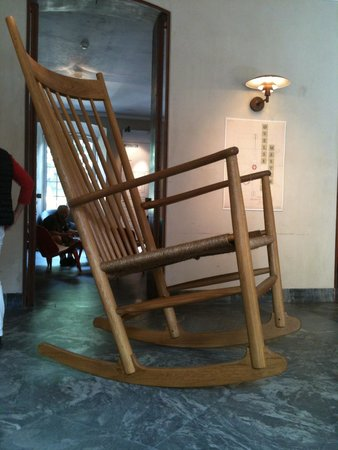 Designmuseum Danmark: Giant rocking chair at Designmuseum Denmark