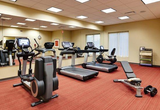 Hyatt Place Garden City: Fitness Center