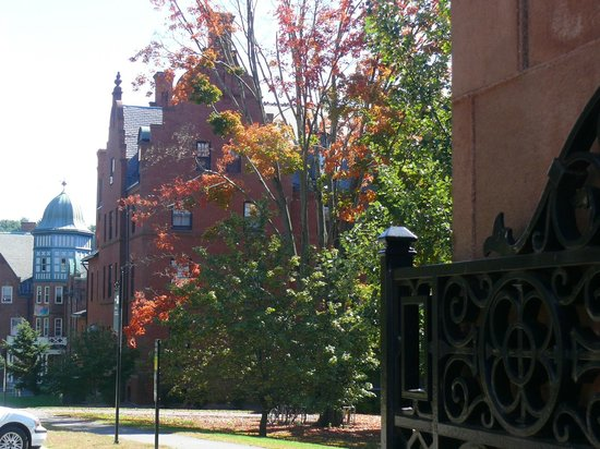 Mount Holyoke College: College buildings inside the gates.
