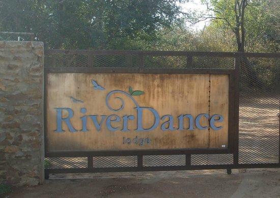 RiverDance Lodge : RiverDance arrival