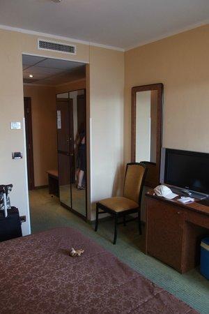 Hotel marina d.o.o.: room