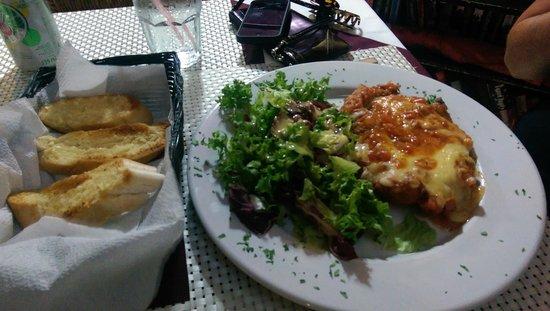 Blake's Restaurant : Chicken Parmesan
