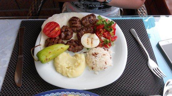 Suzannes Restaurant: Izgara Kofte