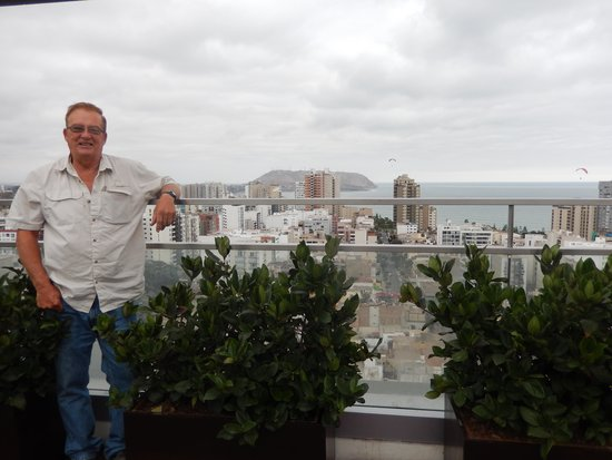Dazzler Lima: roof top