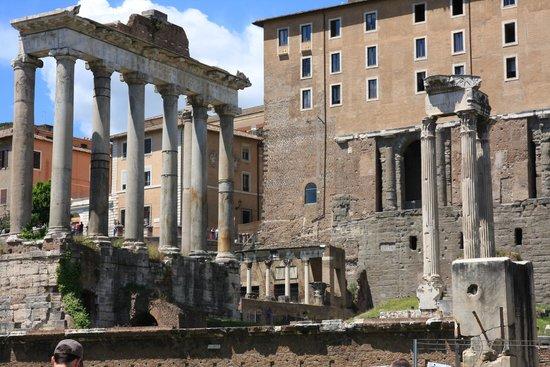Through Eternity Cultural Association : Beautiful ruins