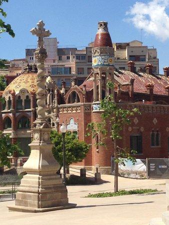 Recinto Modernista de Sant Pau (Recinte Modernista de Sant Pau): The obsesion of the Modernist architects with cupoles