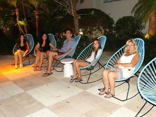 Kimpton Surfcomber Hotel: Warm evening in Miami...