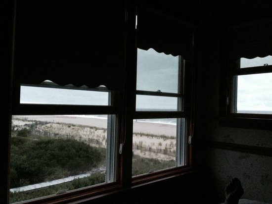 The Addy Sea : Cloudy Day..view still great Room 11