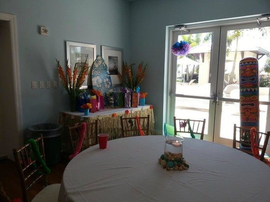 Harborside Suites at Little Harbor : Party Room