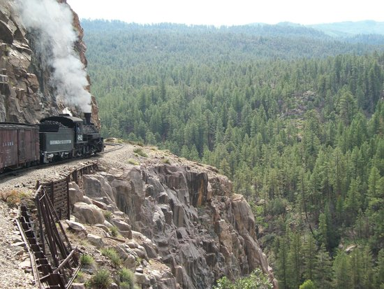 Durango and Silverton Narrow Gauge Railroad and Museum: Steam engine rounding the bend