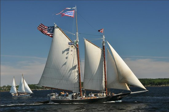 Rockland Breakwater Light: Tall ship.