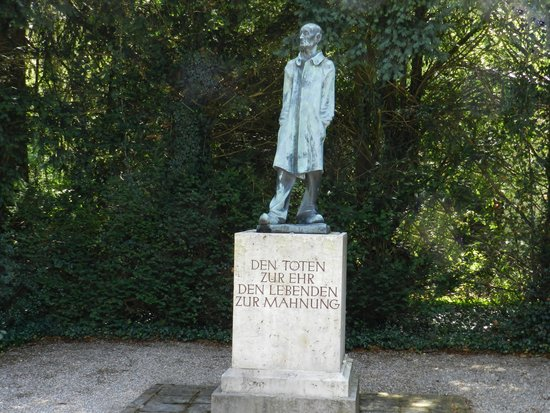 Radius Tours : Unknown Prisoner at Dachau