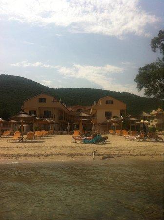 Mediterranean Apartments: Beach front