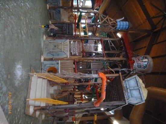 Wilderness Resort : indoor kids area