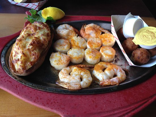 The Back Porch: Broiled Shrimp & Scallops
