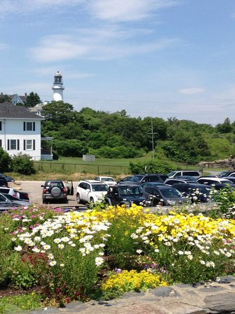 The Lobster Shack at Two Lights : The parking lot!