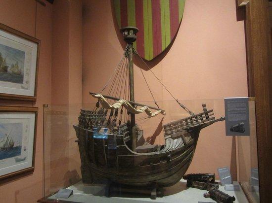 Naval Museum : Корабль