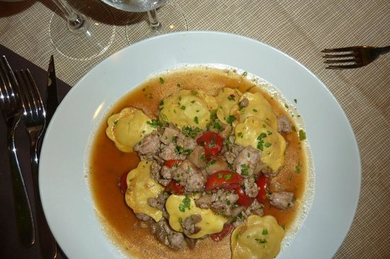 Naif: Ravioli with mushrooms and sausage