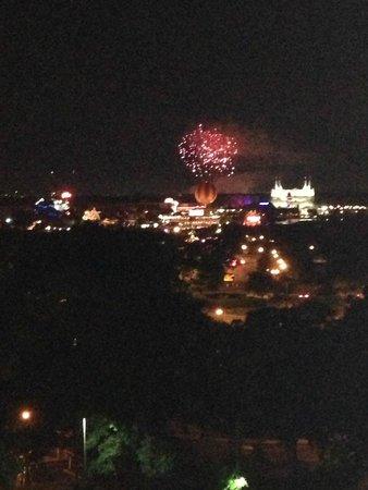 Holiday Inn Orlando – Disney Springs Area: queima de fogos do magic kingdom