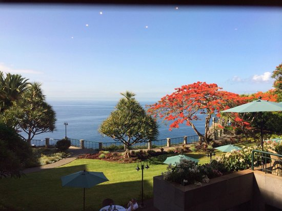 Hotel The Cliff Bay: View from Rose Garden restaurant