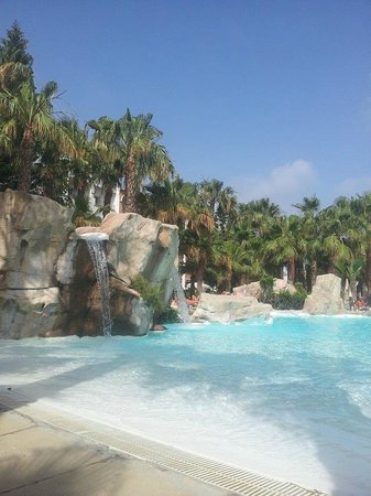Vera Playa Club Hotel: view from a sunlounger, stunning pool