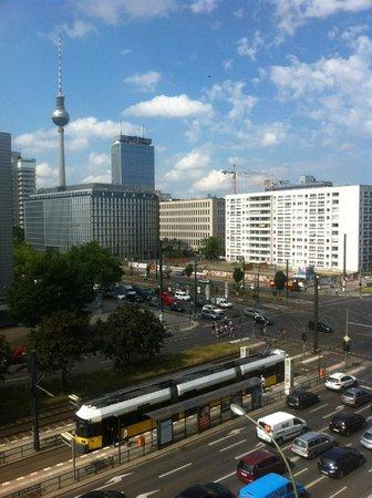 Ibis Budget Berlin Alexanderplatz: Vista desde habitación