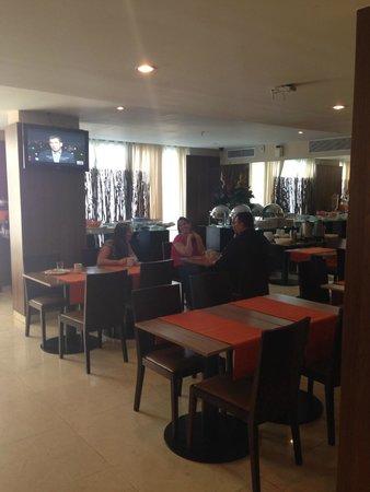 Wyndham Garden Panama City: Dining area downstairs