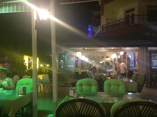 Cihan Kebap Restaurant: Cihan.......