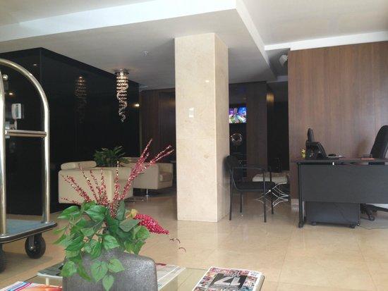 Wyndham Garden Panama City: Lobby area