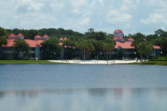 Disney's Caribbean Beach Resort : View from across the lake.