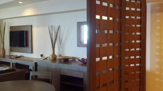 Secrets Vallarta Bay Puerto Vallarta: living room in suite