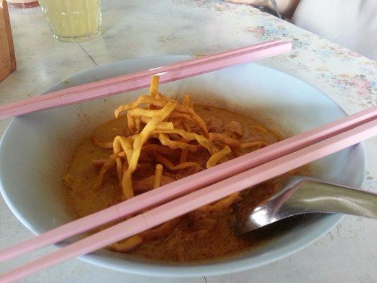 Aroon (Rai) Restaurant: Khao Soi
