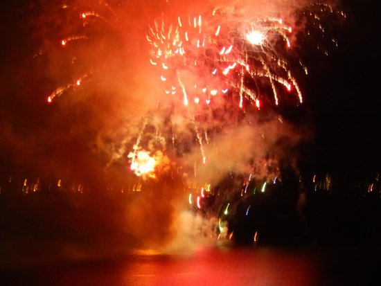 The Westin Bayshore, Vancouver: Fireworks during our stay