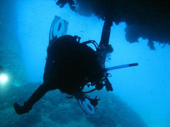 AegeanScuba: Caves