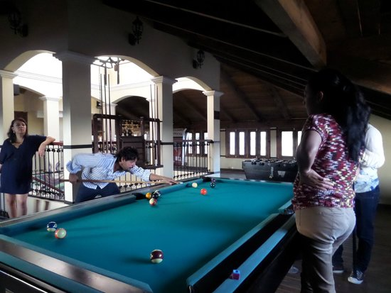 Yaxkin hostel-San Cristobal: we have an exelent billard for free
