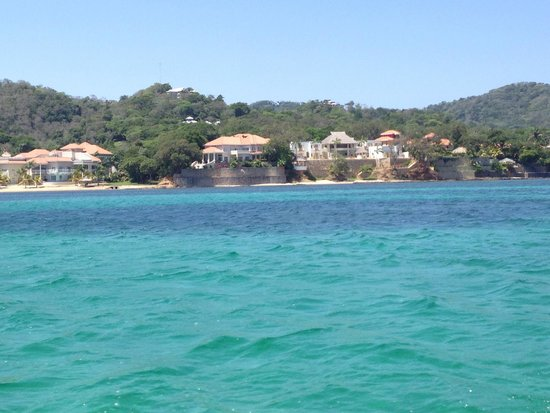 Island Marketing Ltd Roatan Cruise Excursions - Tours: Boat View from the snorkel tour