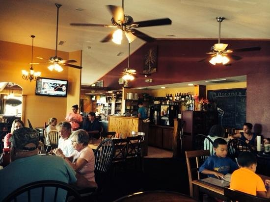 Oceana's Bistro: Tuesday lunch