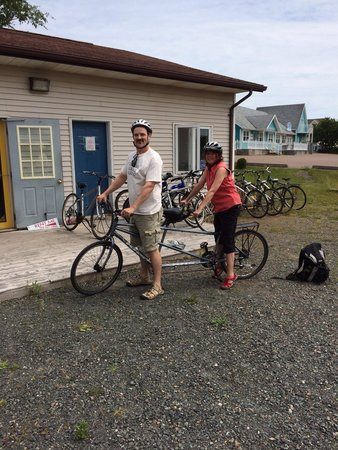 Confederation Trail Cycling : The Richer family from Montreal took our tandem down the Confederation Trail