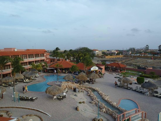 Paradise Beach Villas: View of the Resort from the Room
