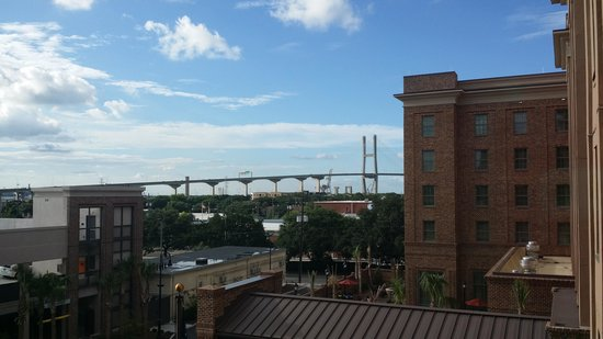 Embassy Suites by Hilton Savannah: View from Window