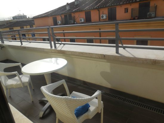UNA Hotel Roma: Terrasse