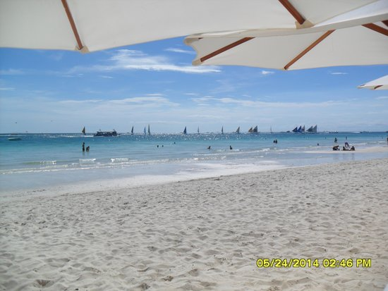 Henann Garden Resort: Beach Front