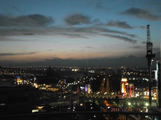 Hotel Universal Port: Vista desde nuestra habitación