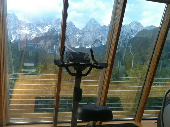 Hotel Spik Alpine Wellness Resort: View from fitness