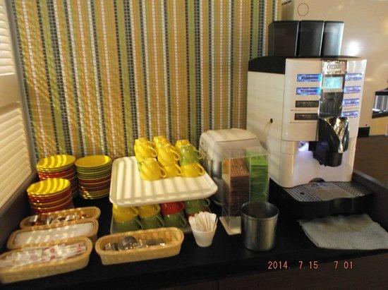 Hotel Universal Port: Desayuno Buffett