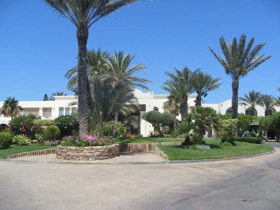 SENTIDO Djerba Beach : Entrée de l'hôtel