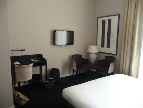 Sandton Hotel Pillows Brussels: Les équipements de la chambre