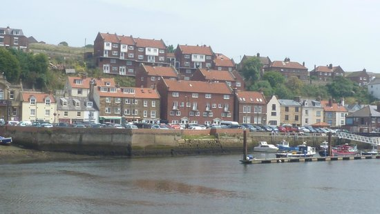 Whitby Harbour: view over to the other side