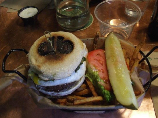 Diablo Burger : The presentation, branded burger and pesto fries