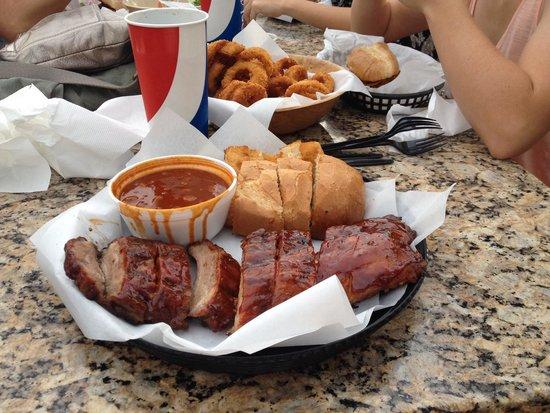 Firestone Grill: Wonderful pork ribs!